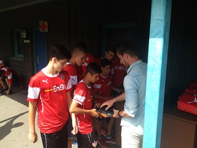 Showing kids the Evolocity Football Boot