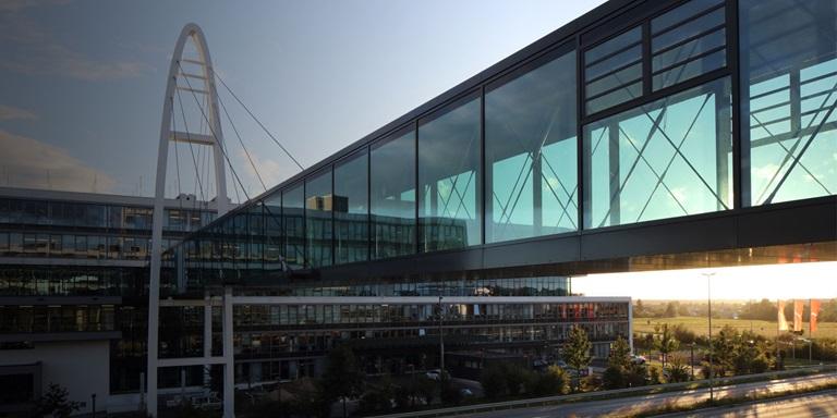 Brücke bei PUMAs Headquarters