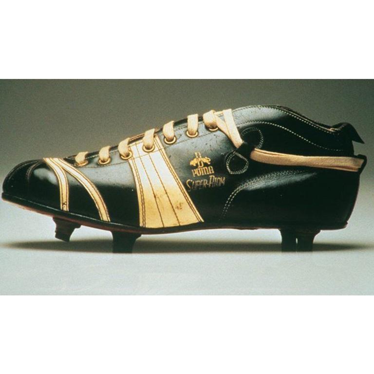 PUMA shoe 1952